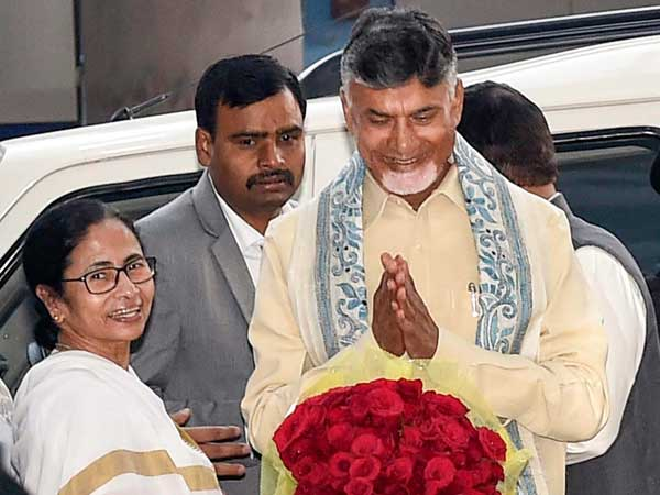 Unfazed by the exit polls, Naidu meets Mamata on post-counting day move