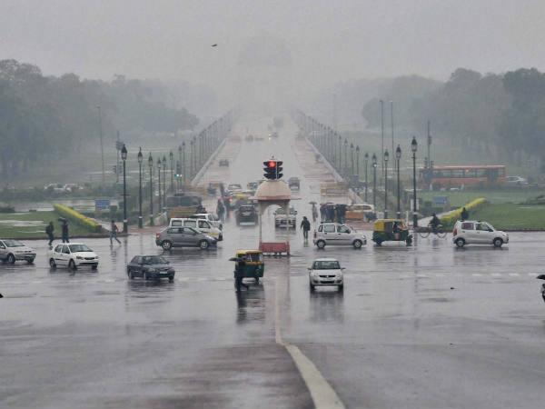 Weather forecast: More rains likely in Delhi-NCR; Heatwave alert in Odisha