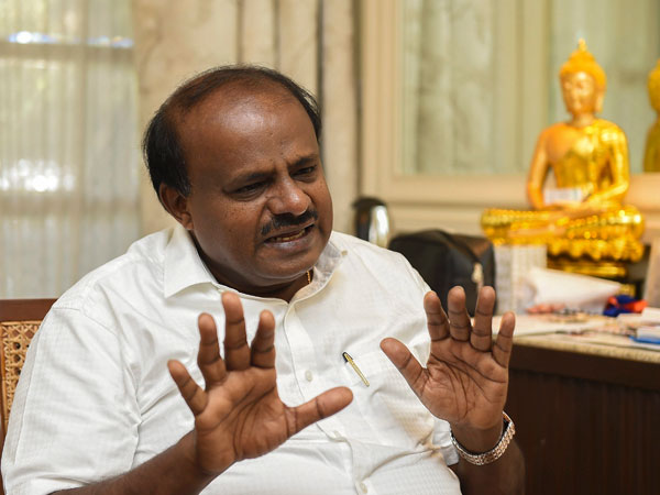 As exit polls indicate Modi return, Kumaraswamy raises EVM concern