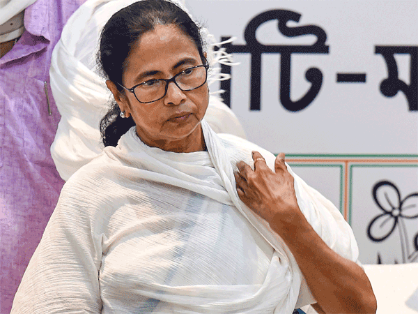 What are options before Mamata Banerjee?
