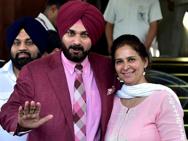 Navjot Singh Sidhu and his wife Navjot Kaur