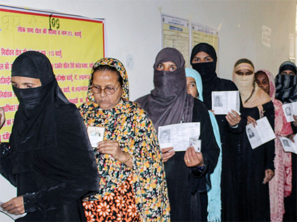 Purdha clad women should remove veil at polling booth says CPM leader