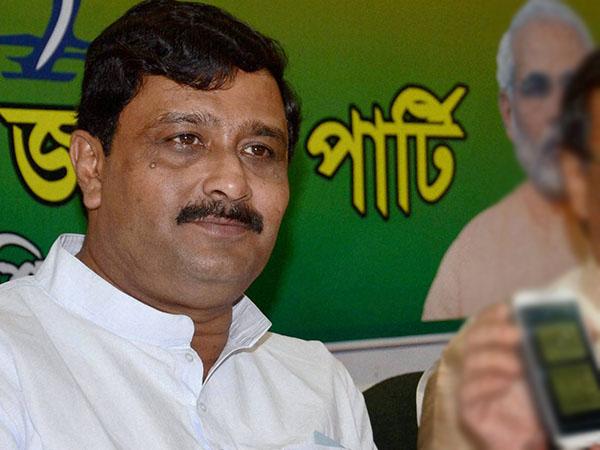 Will Mamata Banerjee government survive till 2021? No, says BJP leader
