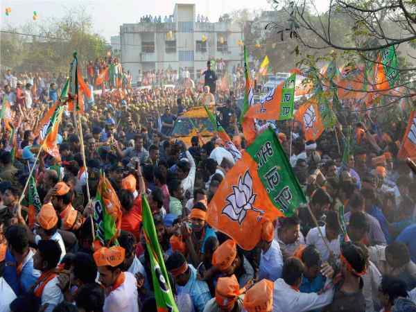 News18's IPSOS exit poll: BJP to get absolute majority on its own, NDA to win 336 LS seats
