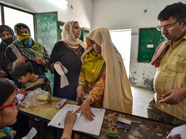 7-phase Lok Sabha polls finally ends today; The major problems during mega elections