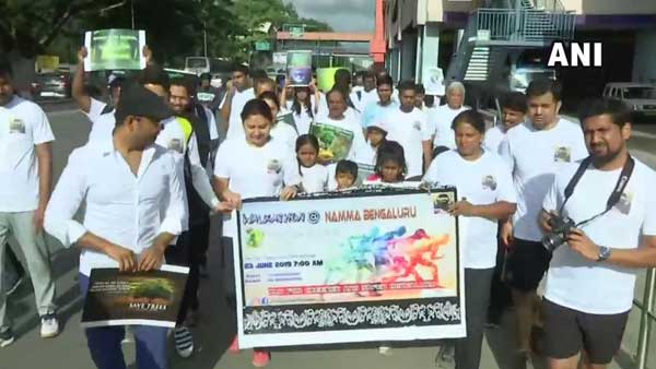 Hundreds participate in walkathon for a greener and safer Bengaluru