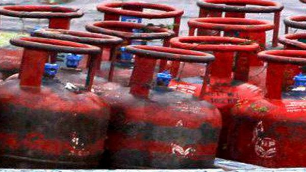 LPG price cut by Rs 10 per cylinder