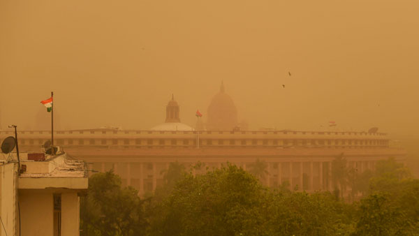 Weather today: Dust storm, rain likely in Delhi-NCR