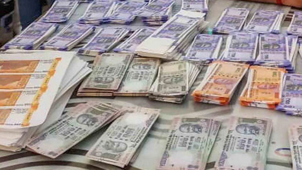 As cops bust international syndicate, IB warns of bigger push of fake currency by Pakistan