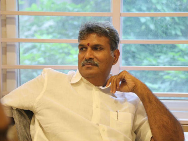 Kesineni Srinivas refuses to accept post of TDP Whip post in Lok Sabha