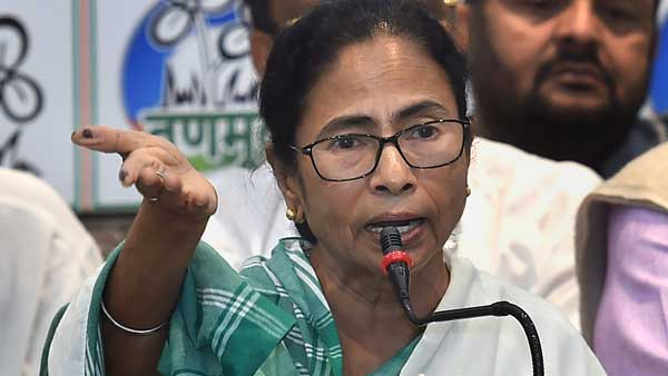Mamata threatens Bengal doctors on strike, says to end protest or get thrown out