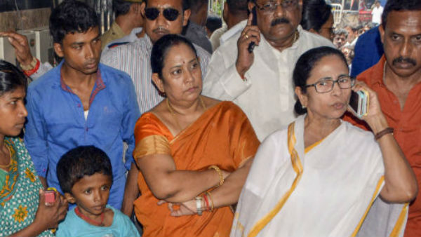 Mamata Banerjee invites striking doctors for talks today after Calcutta HC push