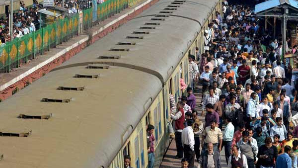 Crime on Railways: blame Chief Minister not Railways Minister
