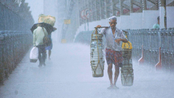 Weather today: Monsoon to cover entire Kerala, Karnataka in next 24-48 hours
