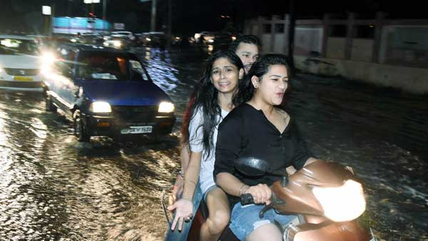 Mumbai Rains 2019: Check out this funniest memes as city witnesses first heavy showers