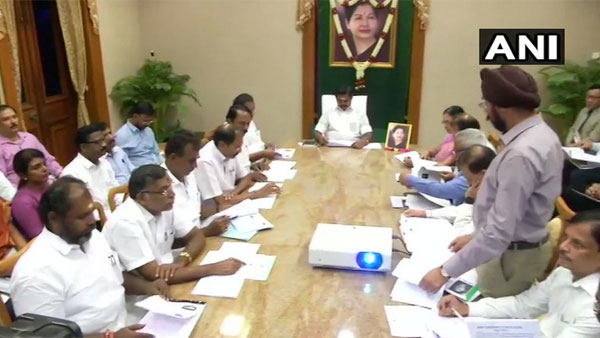 Tami Nadu CM chairs high-level meeting with state ministers, officials over water crisis