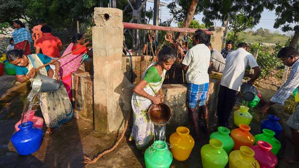 AIADMK look up to the Gods as water shortage continues