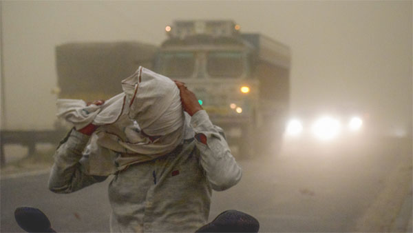 Weather today: Light duststorm, thundershowers likely in Delhi