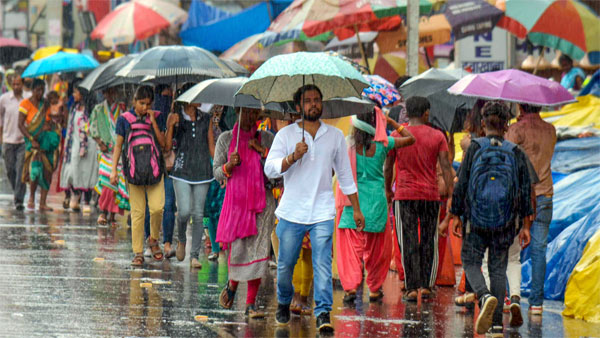 Weather today: Heavy rains to lash Mumbai as Southwest Monsoon to set in
