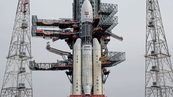 Chandrayaan-2 launch 2019 LIVE: Countdown begins for lift-off