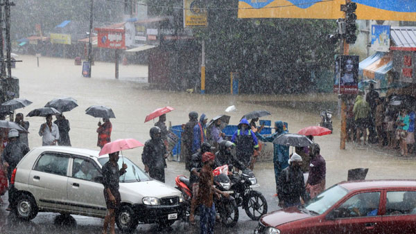 Heavy rains likely over Gujarat, Chhattisgarh during next 24 hours