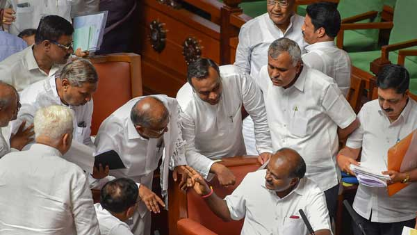With just 101 in a 209 member House, why Karnataka Govt stares at a collapse