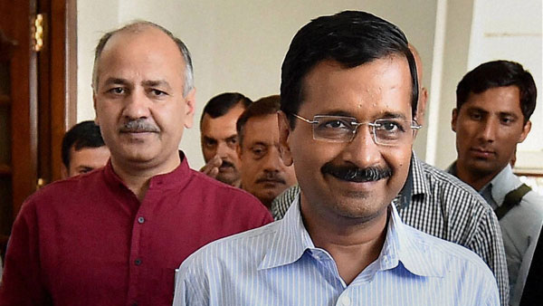 Kejriwal, Sisodia get bail in defamation case filed by Vijender Gupta