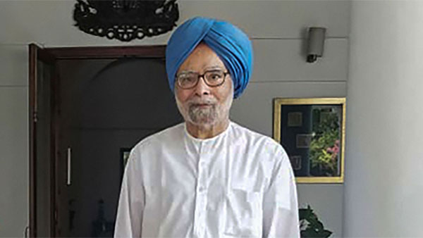 Only one party has access to 90 per cent of election funds: Manmohan Singh