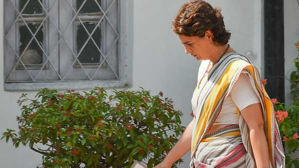 Priyankas office writes to CRPF VIP security in-charge,says circle officer threatened her personnel