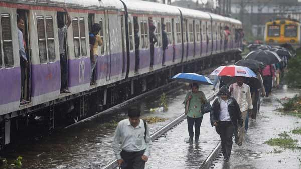 IMD warns of Heavy rain in Mumbai for next 48 hours