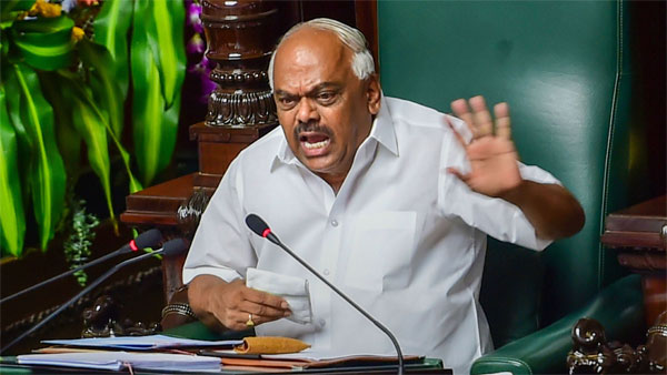 Present yourself before me at 11 am tomorrow, Karnataka Speaker tells rebels