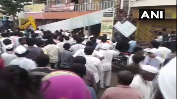 Maharashtra: Roof of building collapses in Solapur; at least 20 feared trapped
