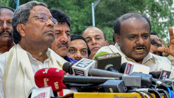Political analysts blame Congress, JD(S) for Karnataka crisis