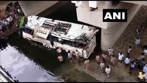 Yamuna Expressway accident: 29 dead, 17 injured after bus plunges into drain