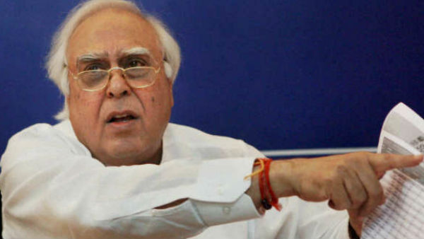 Economy in ICU, govt issues look out notice for those defending civil liberties: Kapil Sibal