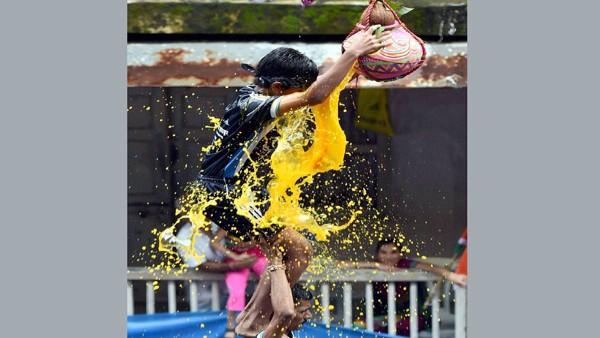 Govinda Aala Re! Significance of Dahi Handi festival in Maharashtra