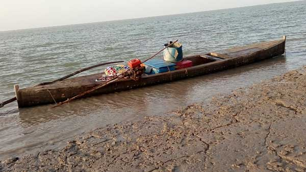 BSF finds two Pakistani boats abandoned in Harami Nala area