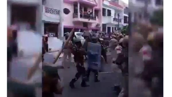 Kashmir crisis: Indian Journalists bust Pakistan's 'fake news' propaganda on Twitter