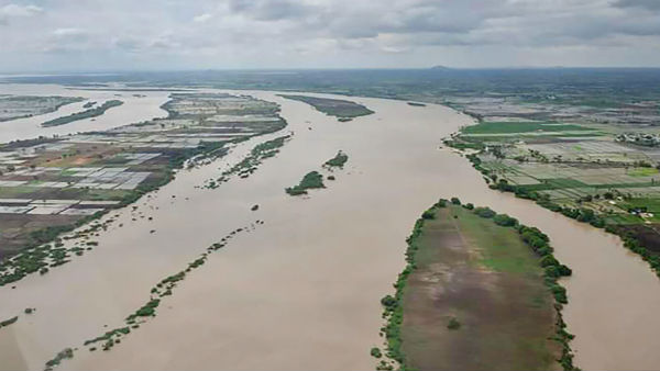 K'taka floods: BJP asks BSY to focus on flood relief, take up Cabinet expansion later