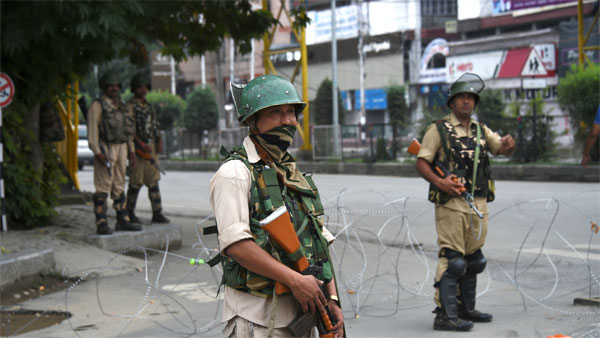 Restrictions re-imposed in Srinagar, stray protests reported