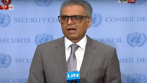 Syed Akbaruddin speaking at UN (Image courtesy - DD news screengrab)