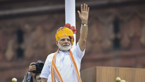 If Article 370 was so important, why temporary? PM Modi tears into congress in I-Day speech