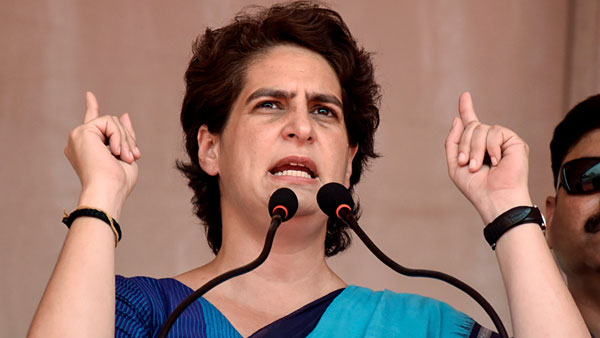 <strong>Nothing more 'political, 'anti-national': Priyanka hits out at government on Kashmir</strong>