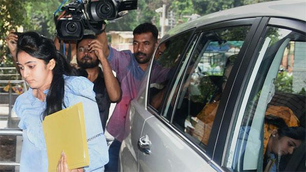 ED seeks details of D K Shivakumar's daughter Aishwarya's bank accounts and transactions