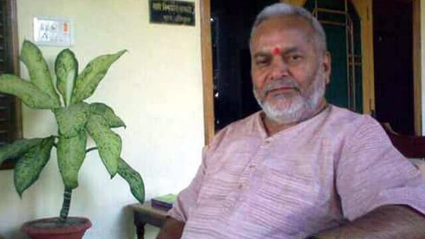 Swami Chinmayanand who is accused of rape discharged from Lucknow hospital