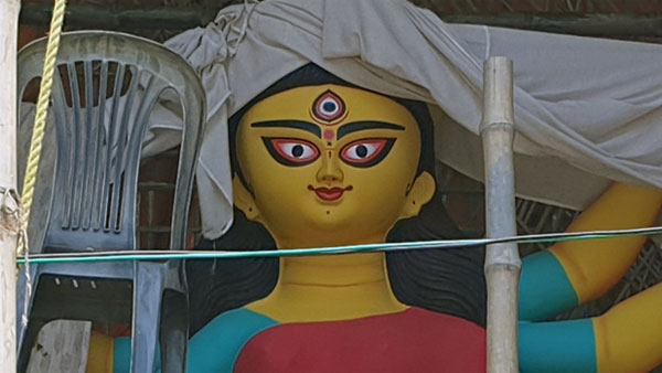 In pics: How preparations for Durga Puja pandals are going on