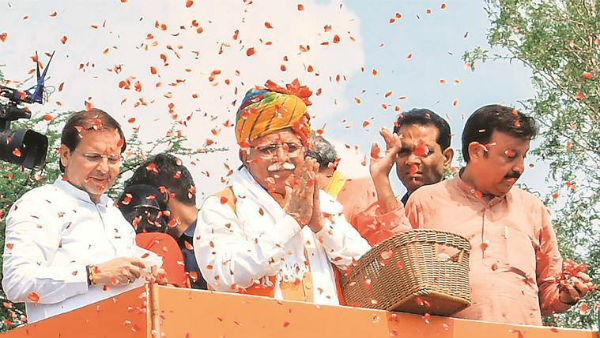 Gardan kaat doonga teri: Haryana CM Manohar Lal Khattar threatens BJP colleague