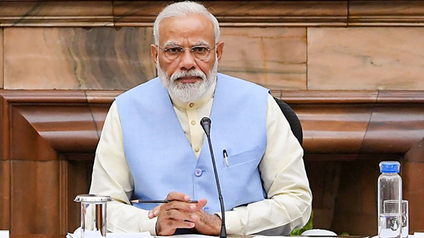 On Dussehra, Modi calls for slaying demon within
