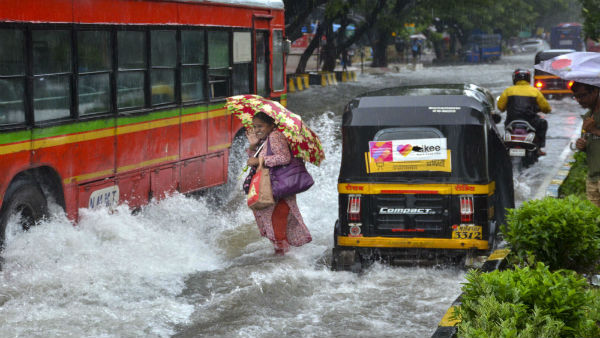 Mumbai rains to continue for next 48 hours; Normal life disrupted