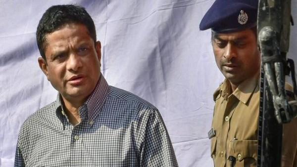 [No need for it's arrest warrant against Rajeev Kumar: City Court to CBI]